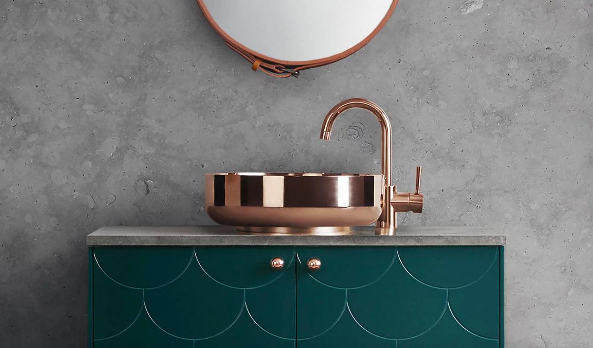 Badezimmer Trend: Hier glänzen jetzt Armaturen aus Kupfer ...